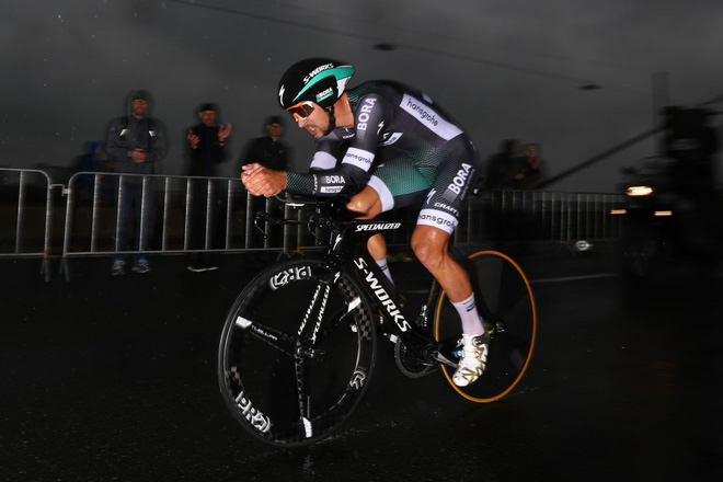 Peter Sagan (BORA-Hansgrohe) cùng chiếc Specialized S-Works Shiv